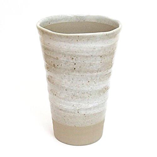陶器のビールグラス