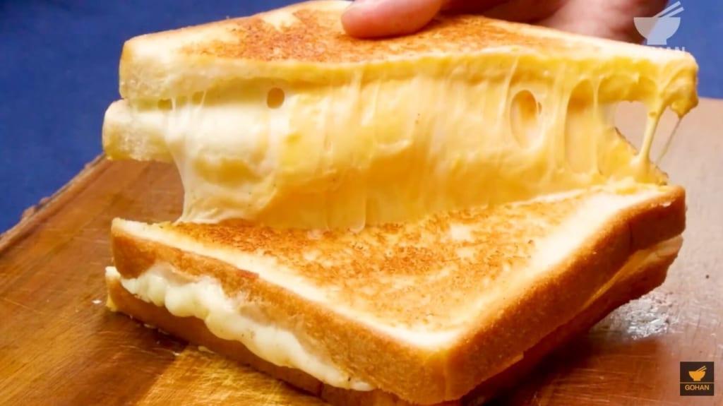 グリルチーズサンド
