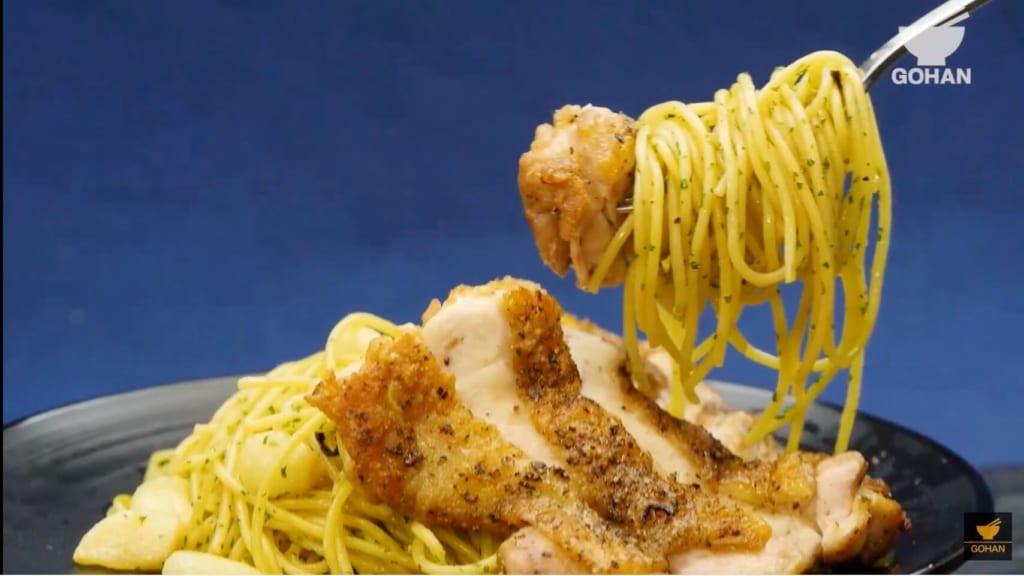 鶏肉とパスタ
