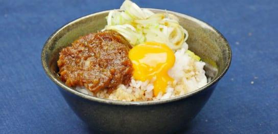 味噌とネギの卵かけご飯