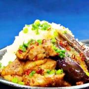 鶏肉とナスを使った丼レシピ