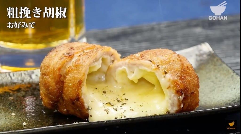 チーズがとろけた唐揚げ