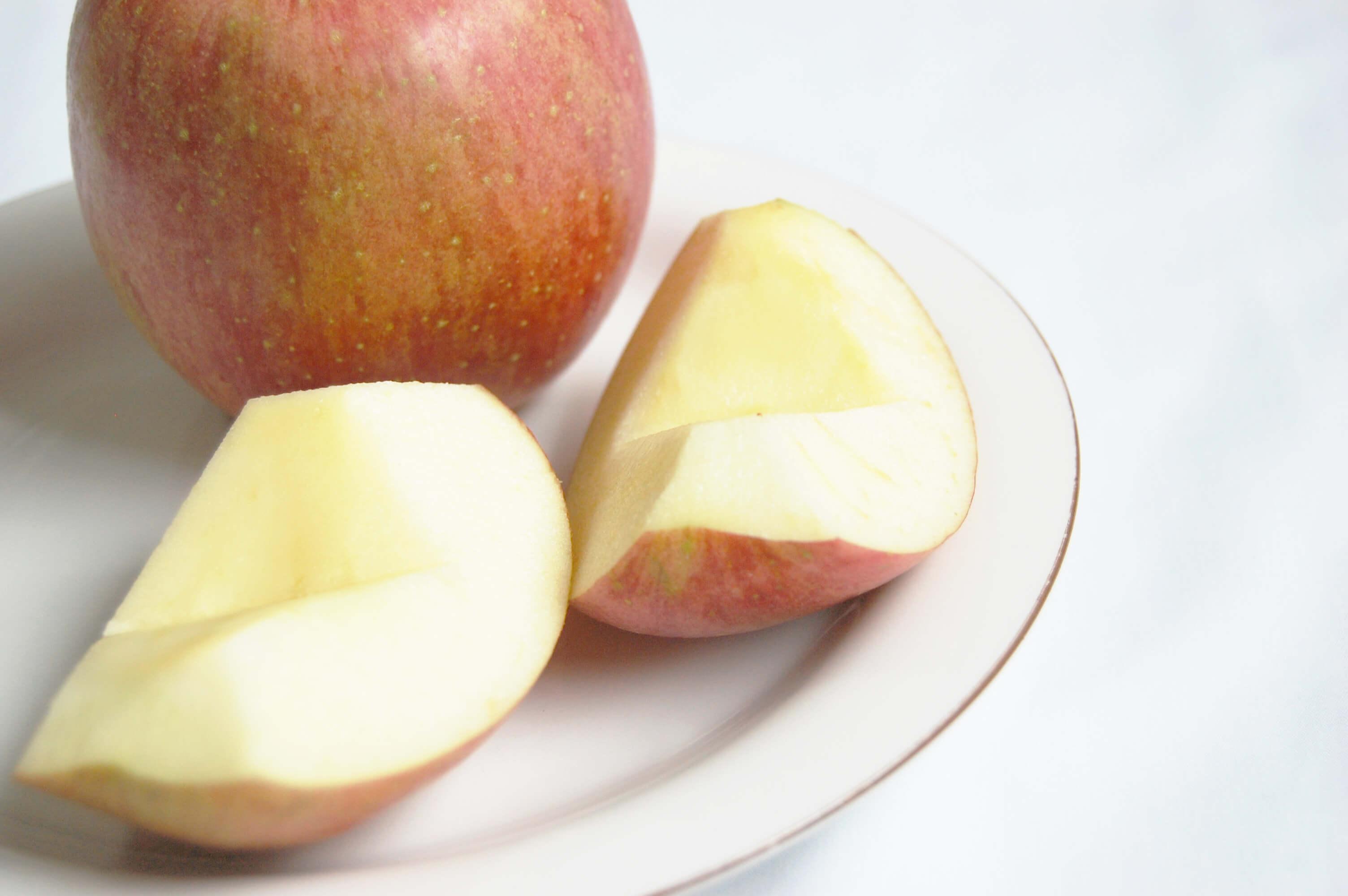 カットしたリンゴ