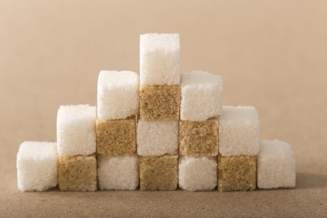角砂糖が並んでいる