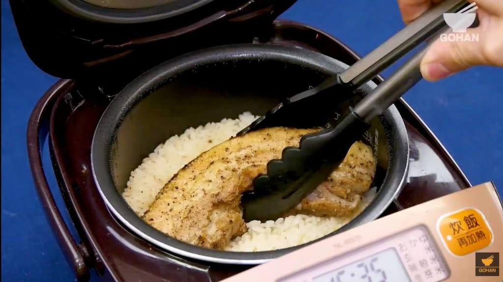 炊飯した豚肉