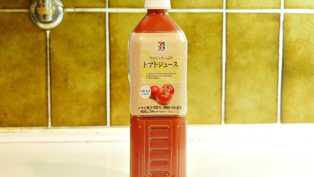 ペットボトルのトマトジュース