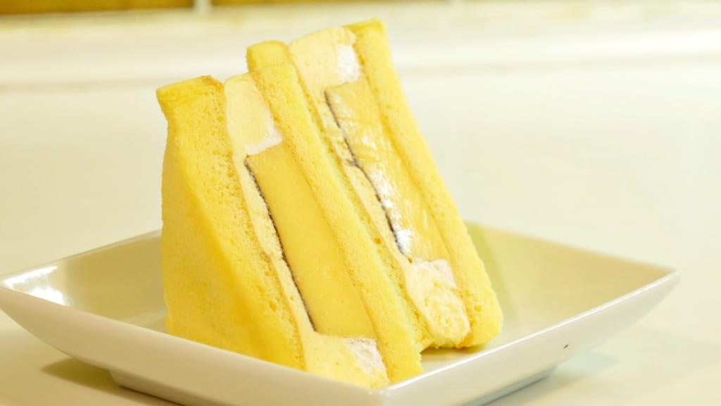 ぶ厚いプリンのケーキサンド