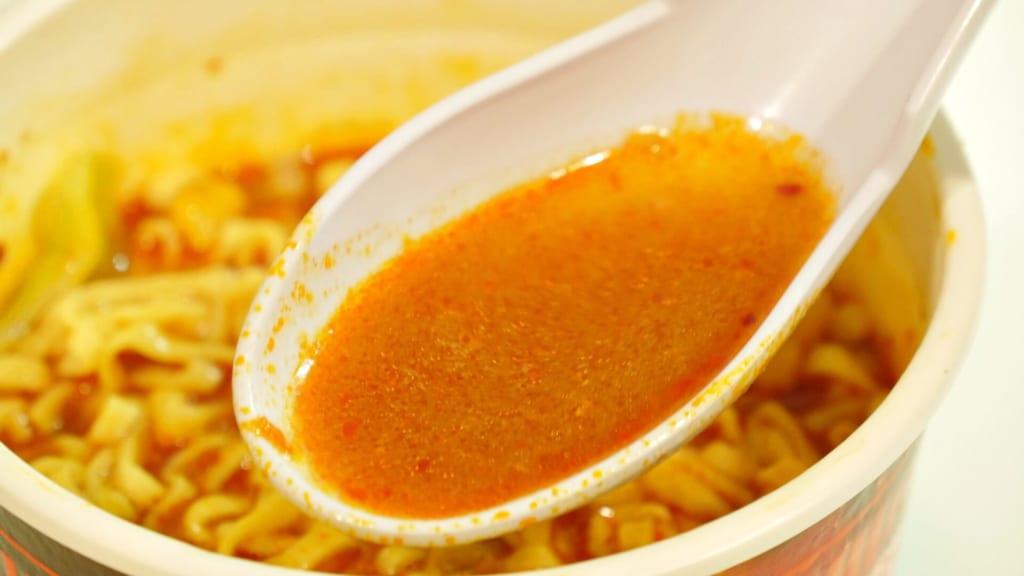 カップヌードル 激辛味噌のスープ