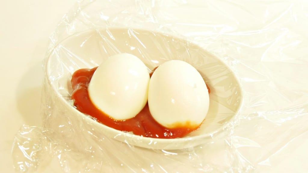 ケチャップとゆで卵