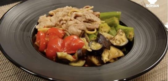 夏野菜とぶた肉の和風パスタ
